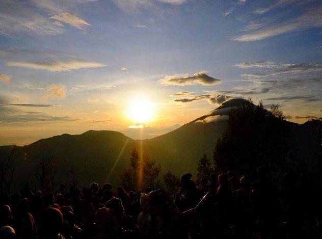 Sunrise bukit Sidengkeng