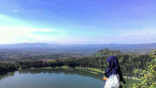 Lembah Seroja