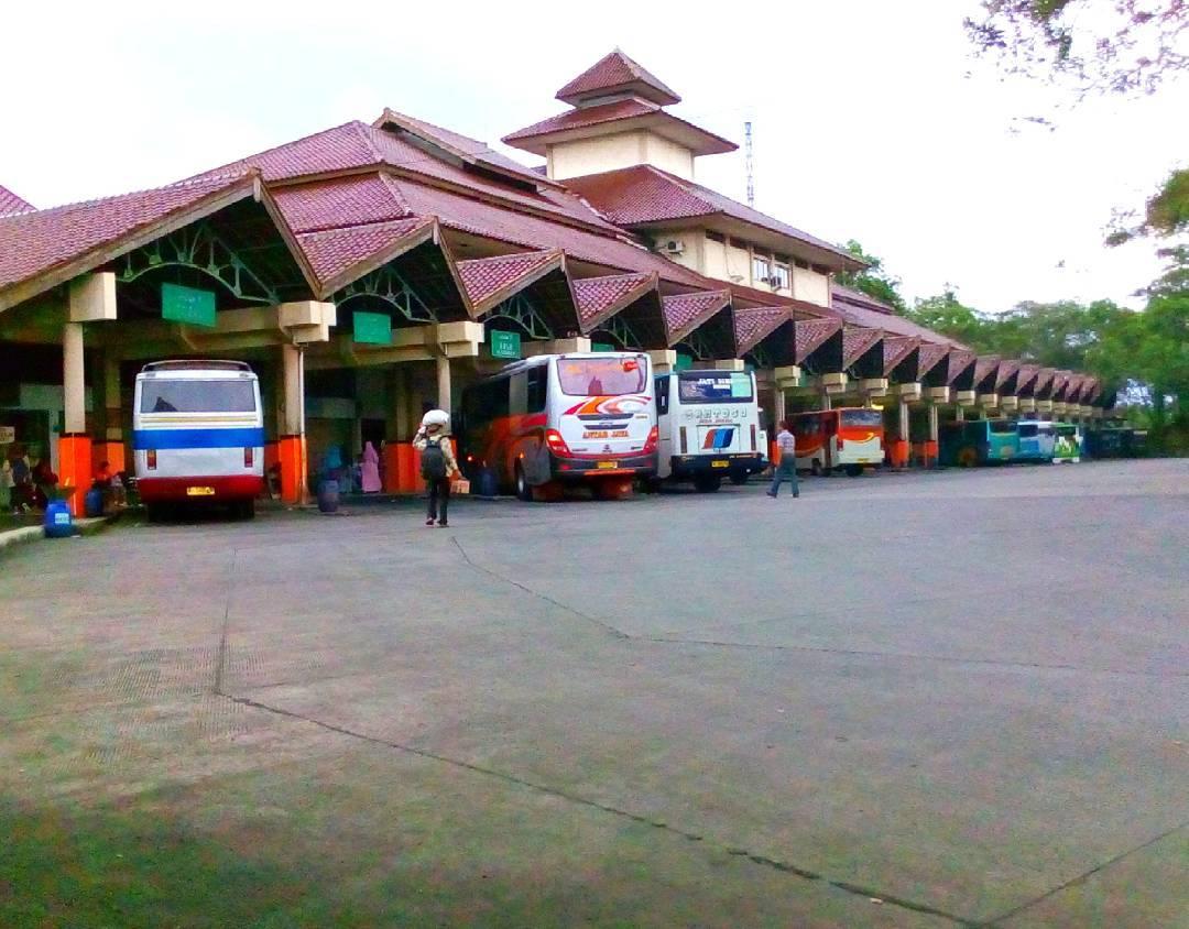 Terminal bus purwokerto ke dieng