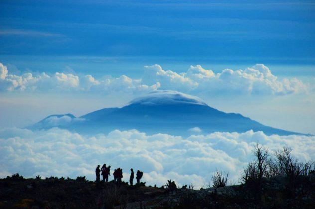 Pendakian Gunung Sindoro Jawa Tengah